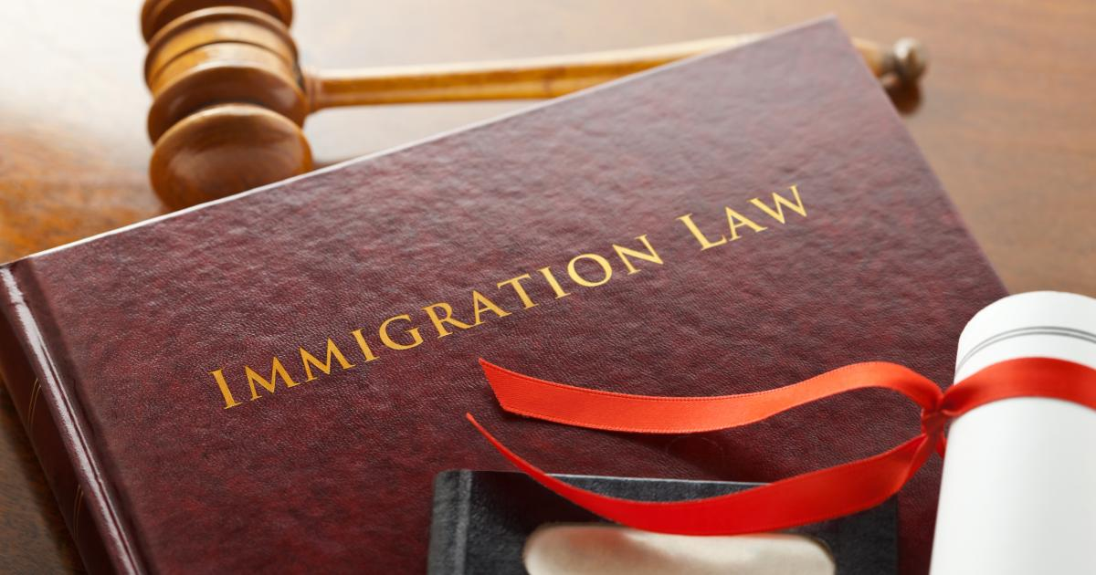 immigration law court 000034386586 large 0